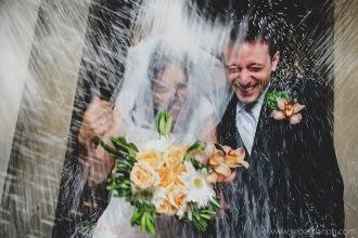 fotografo reportage matrimonio firenze, wedding photojournalist photographer tuscany, matrimonio stile reportage, getting married in tuscany, lancio del riso, rice throwing