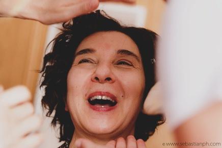 fotografo reportage matrimonio firenze, wedding photojournalist photographer tuscany, matrimonio stile reportage, getting married in tuscany, bride preparations, trucco, make-up, la madre della sposa, bride's mother
