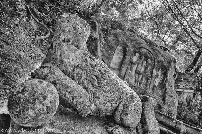 bomarzo, parco dei mostri, sacro bosco di bomarzo, viterbo, opera d'arte, mondo onirico, park of the monsters, sacred grove of bomarzo, garden of bomarzo, italian artwork, dreamlike in italy
