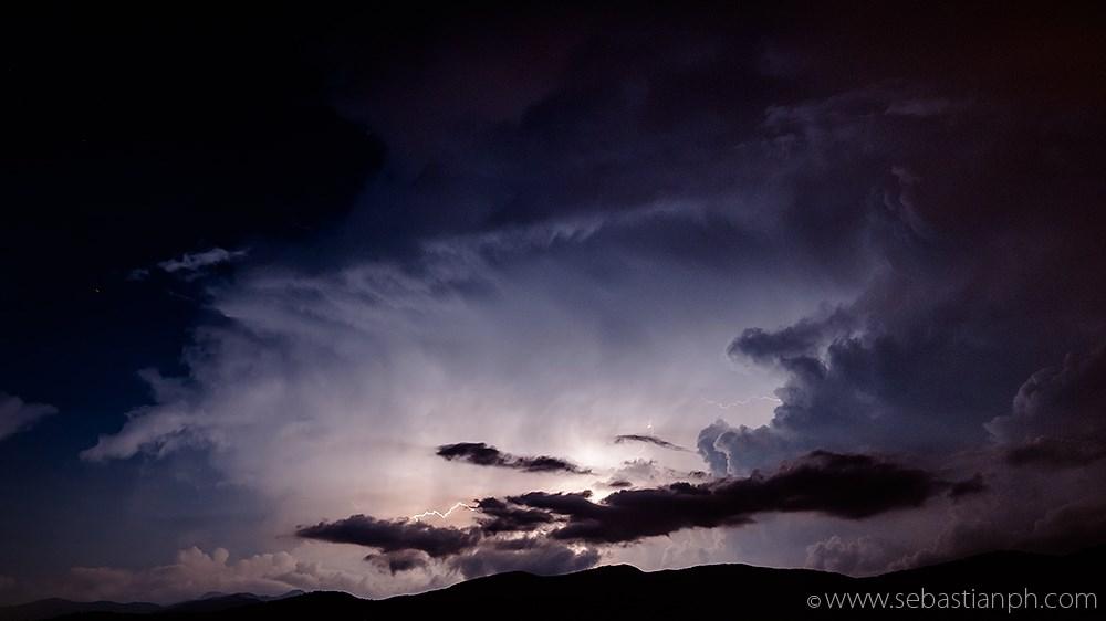 fulmini, lightnings, montagna pistoiese, night, notte, panorama, pistoia, night skyline, night storm, tempesta notturna, fotografo professionista firenze, fotografo professionista roma